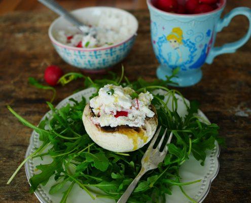 champignon farci à manger en salade
