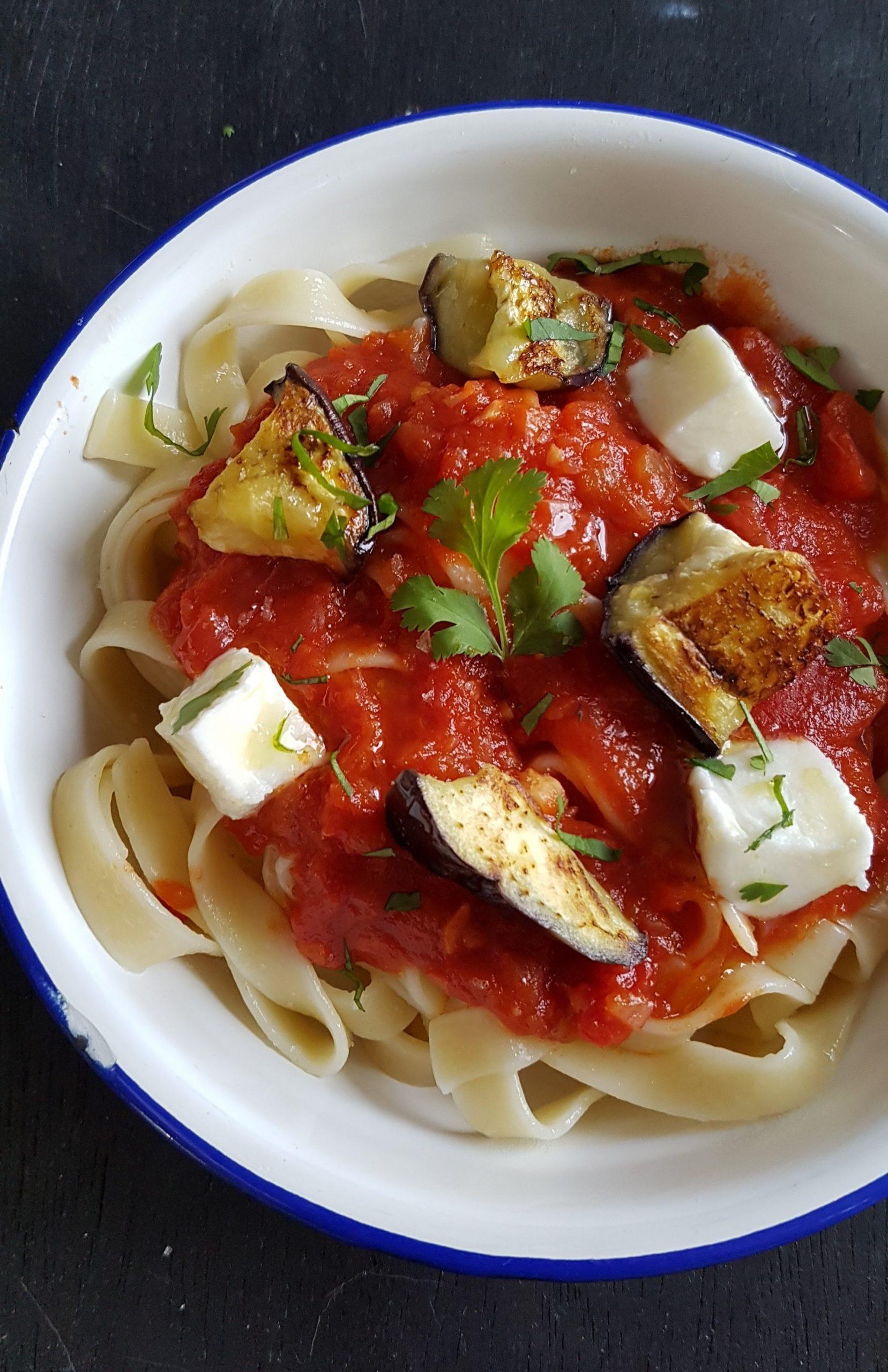 pâtes tomates et aubergines grillées