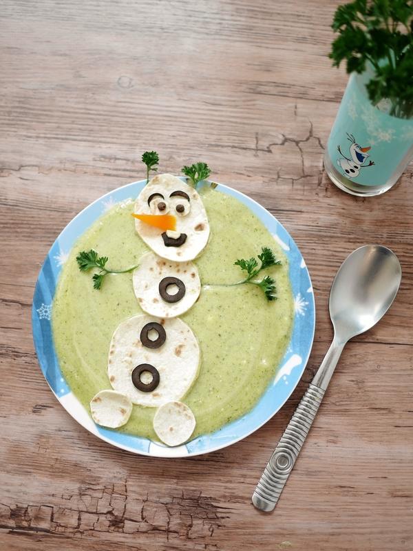 soupe de courgette avec Olaf de la reine des Neiges