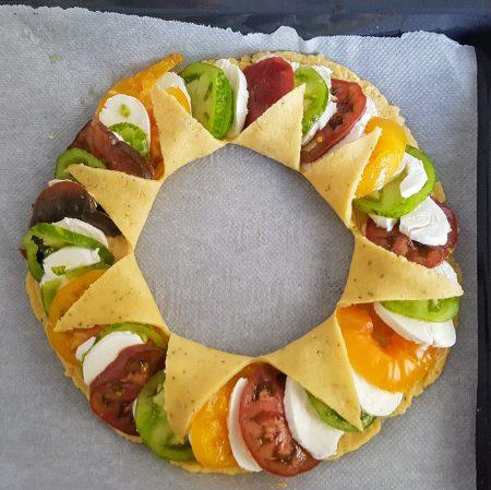 tarte soleil aux trois tomates recettes de cuisine. Black Bedroom Furniture Sets. Home Design Ideas