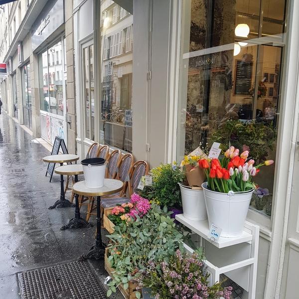 Vous rêviez de bruncher pour la St Patrick au milieu des fleurs ? Désirée réalise votre rêve !