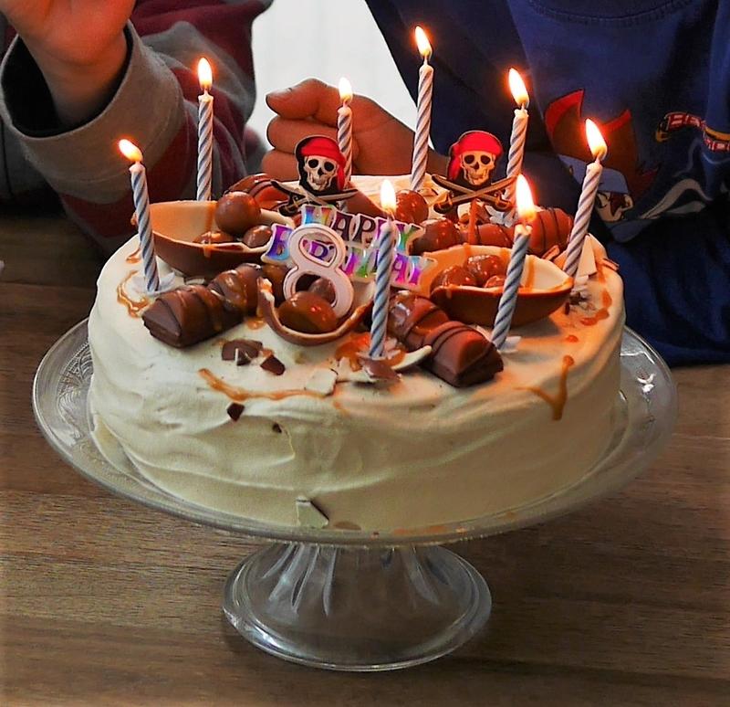 Gâteau chantilly caramel beurre salée et Kinder