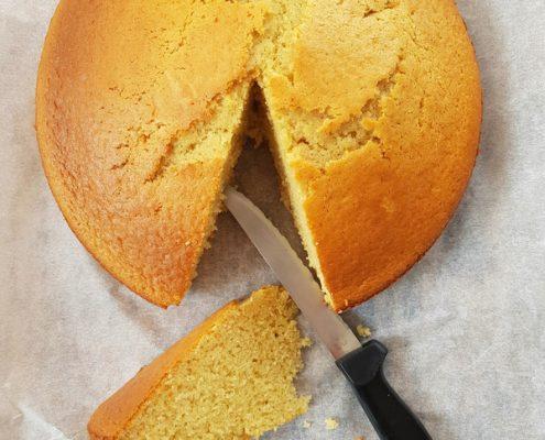 Recette du gâteau au lait chaud : gâteau gonflé et moelleux