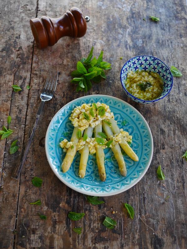 asperges vinaigrette sauce mimosa