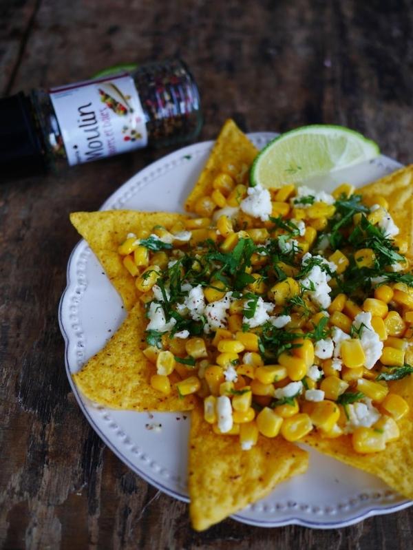 Nachos au fromage et maïs