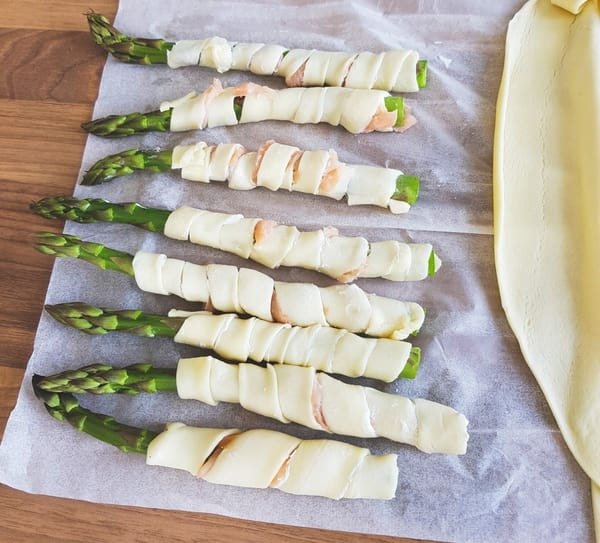 Feuilletés asperges vertes, vite préparés