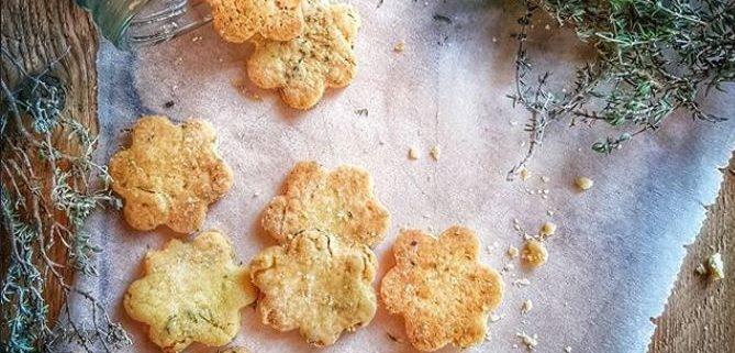 recette de biscuits apéro fait maison, huile d'olive et parmesan