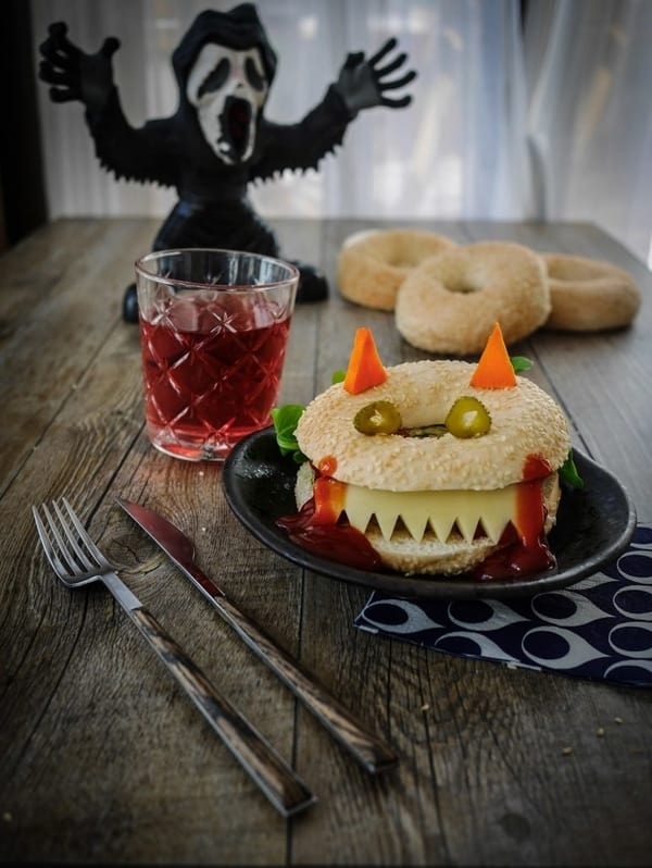 Sandwich bagel d'Halloween