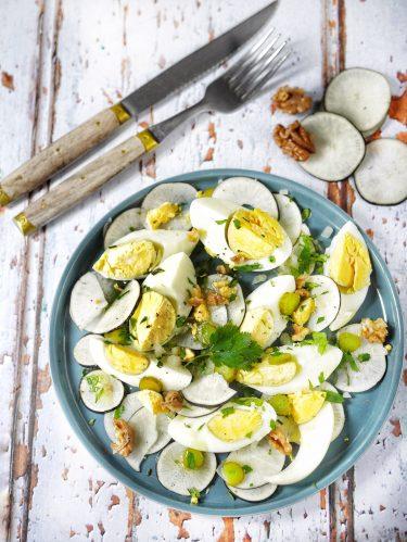 recette d'oeufs durs en salade et radis noirs