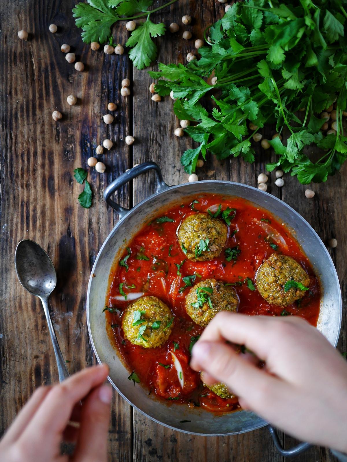 Falafels au four et sauce tomate
