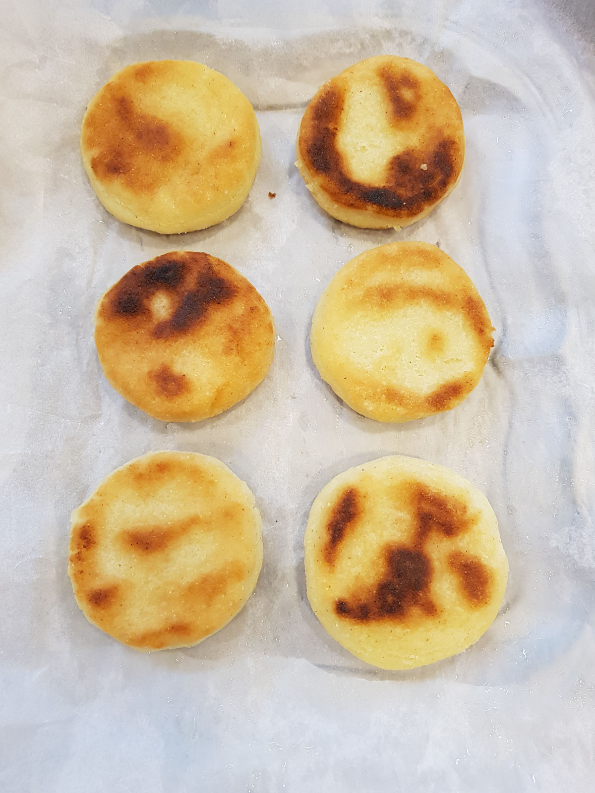 Arepas : petits pains à la farine de maïs