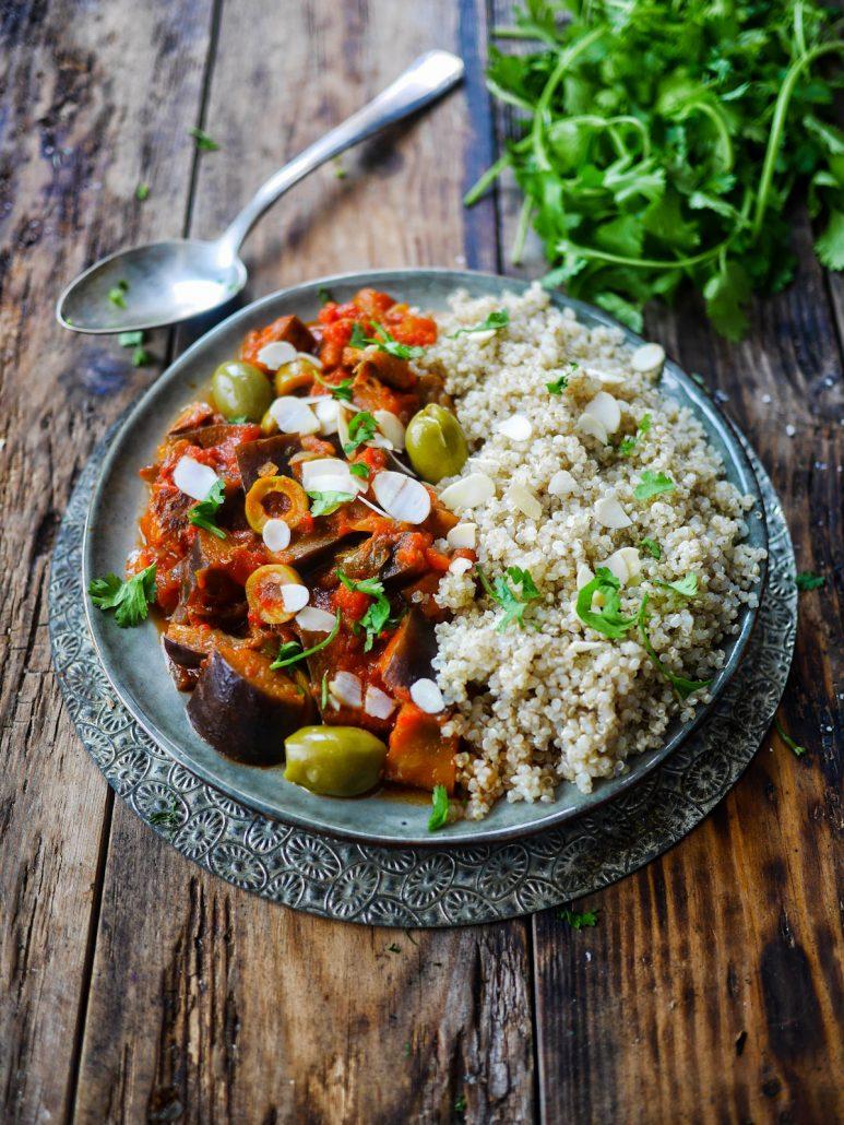 Ragoût d'aubergines aux olives et quinoa