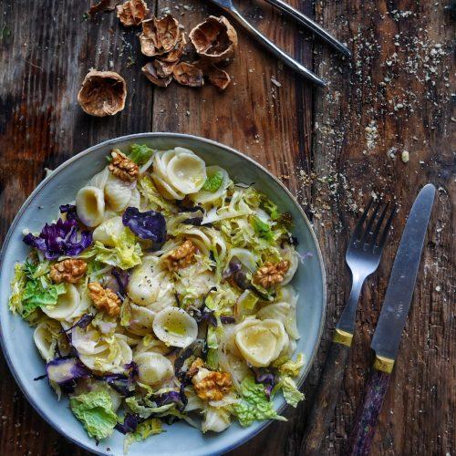 recette de salade de pâtes aux choux verts et rouges