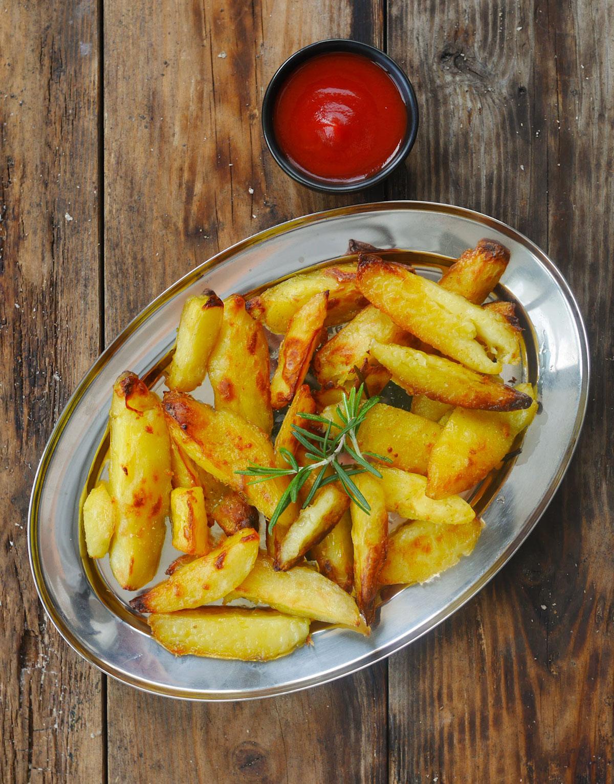 Comment faire les meilleures potatoes (du monde) au four