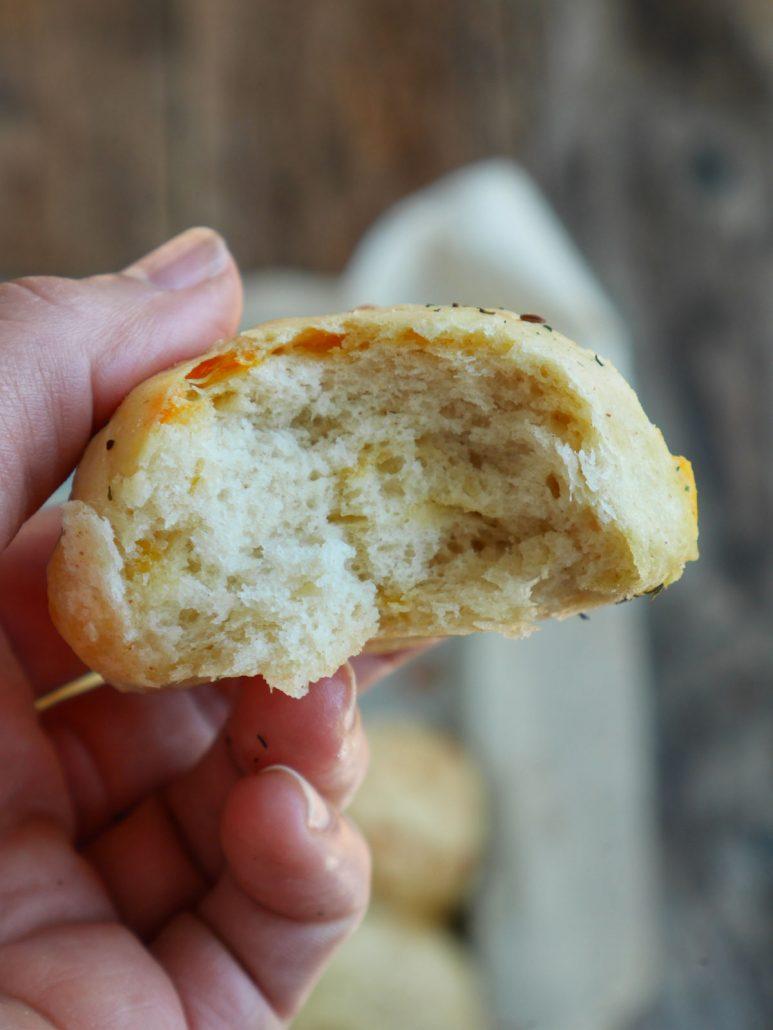 Petits pains au cheddar