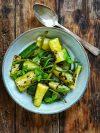 assiette de courgettes cuite à la menthe