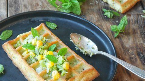 gaufre à l courgette et hachis de légumes au maïs