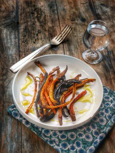 des lamelles de carottes à l'ancienne rôties au four