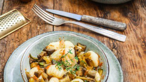 assiette de gnocchis aux aubergines