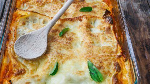 plat de lasagnes aux aubergines