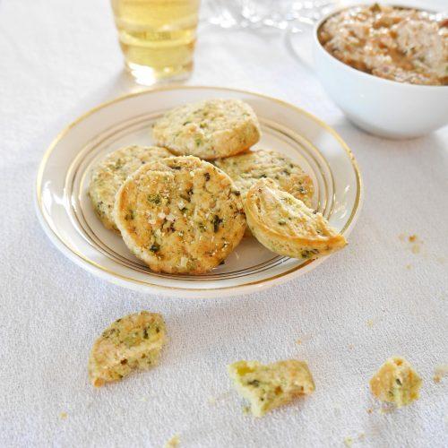 biscuits parmesan basilic pour l'apéro