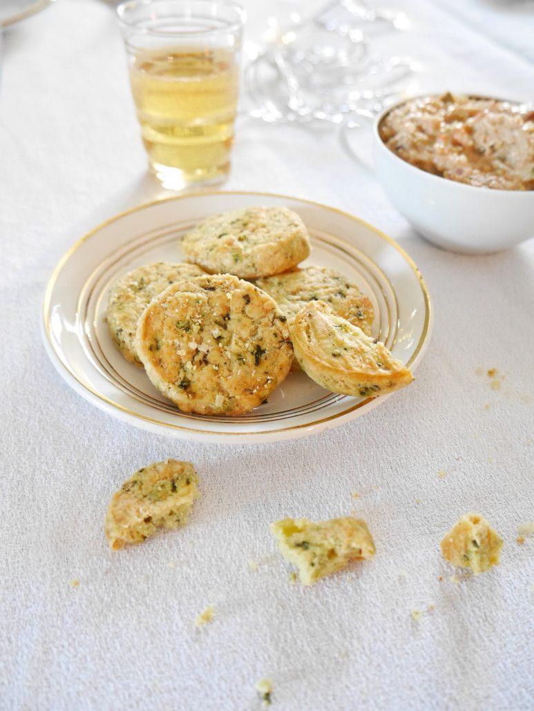 biscuits basilic parmesan pour l'apéro