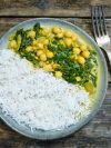 Curry express de pois chiches, épinards, coco