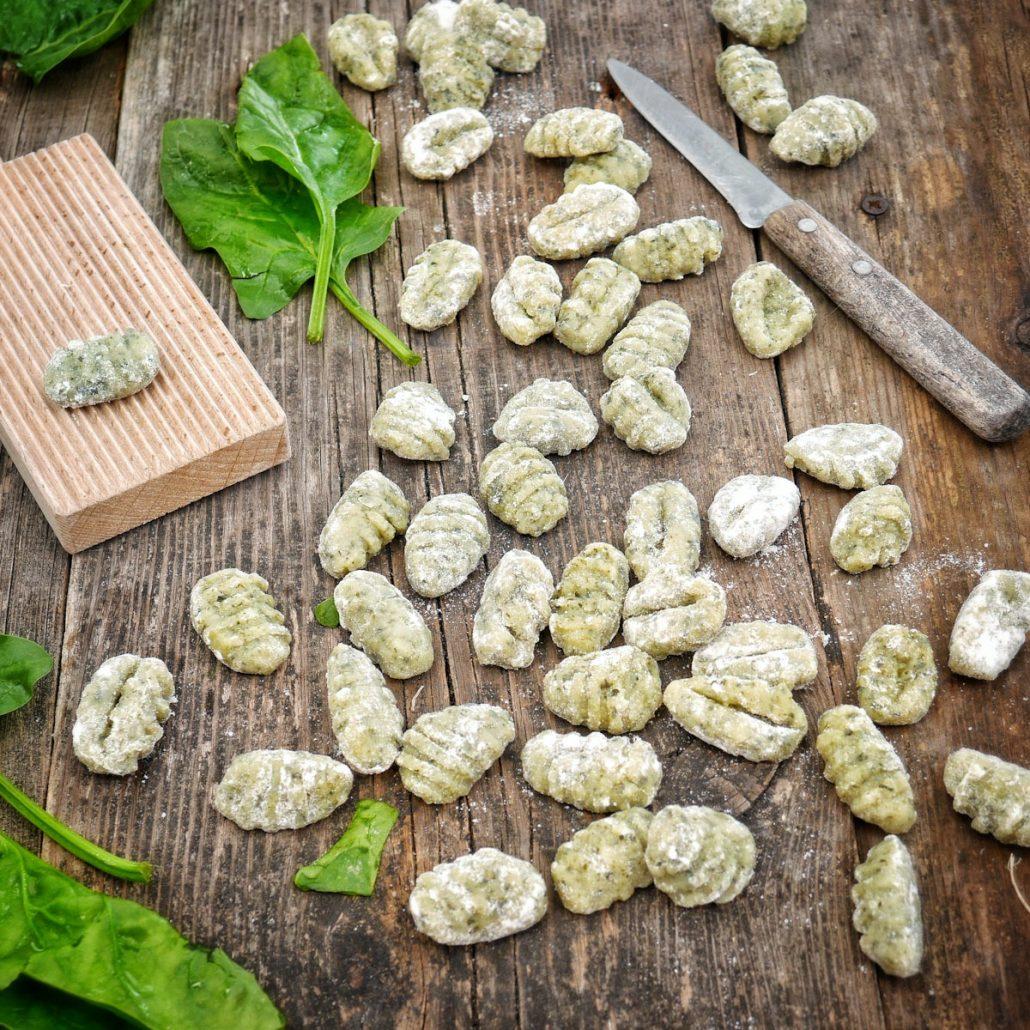 Gnocchi aux épinards frais prêts à cuire