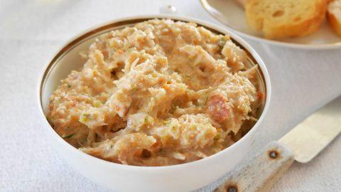 coupelle de tartinade de crabe à la mayonnaise