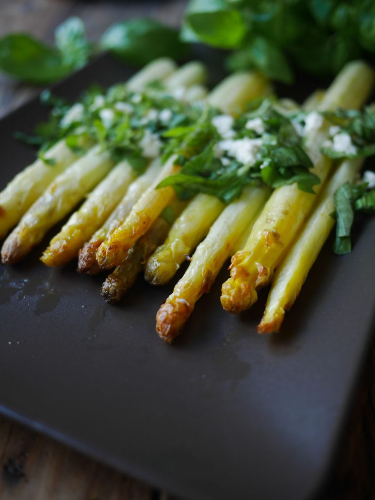 asperges blanches rôties au four