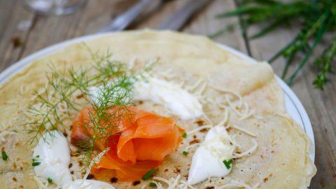 crêpes au saumon fumé et crème fraîche