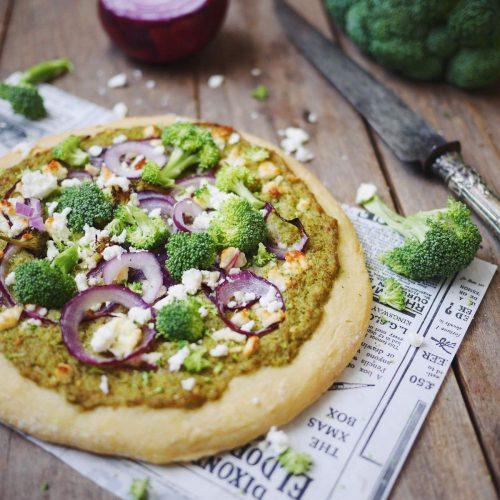 pizza brocolis oignons rouges