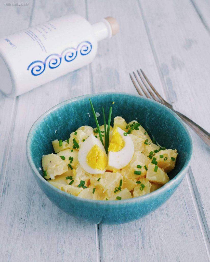 salade de pommes de terre, œufs durs et mayonnaise