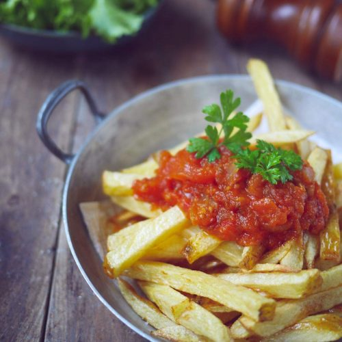 Frites sauce tomate