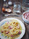 assiette de spaghettis carbonara