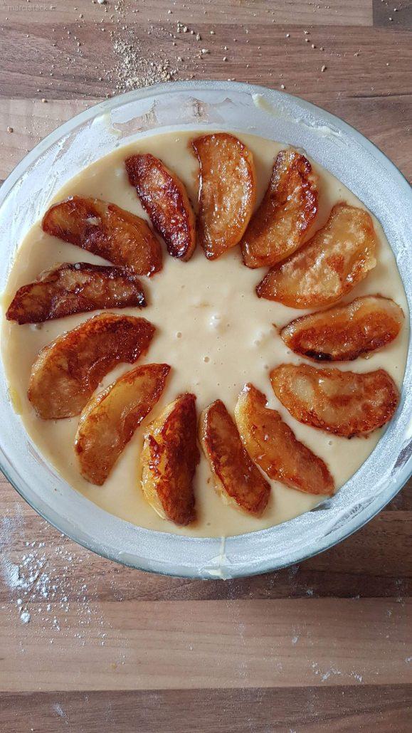 gâteau yaourt aux pommes caramélisées