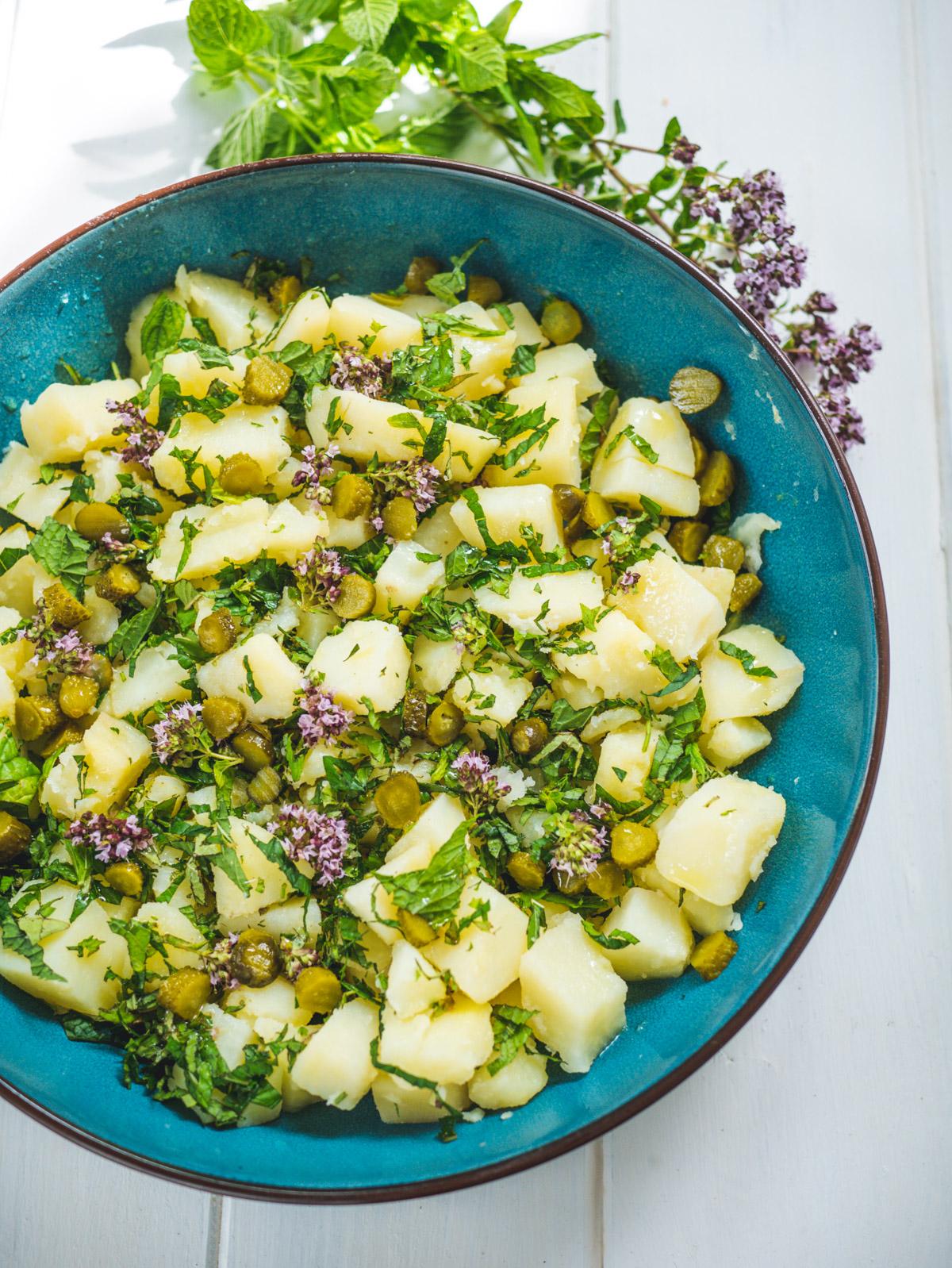 Salade pommes de terre cornichons