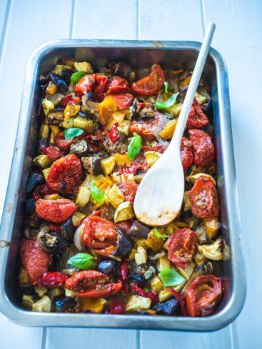 Ratatouille de légumes d'été au four